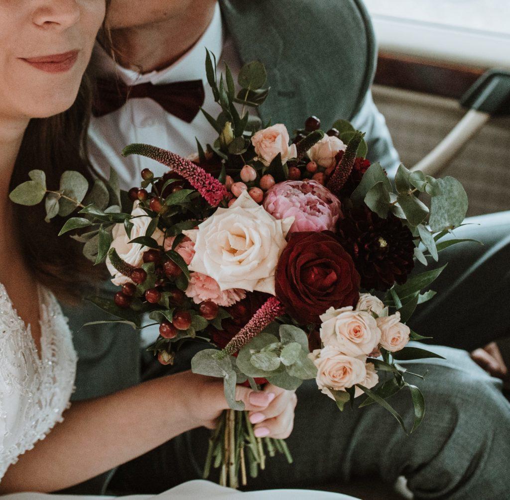 para młoda kwiaty ślub